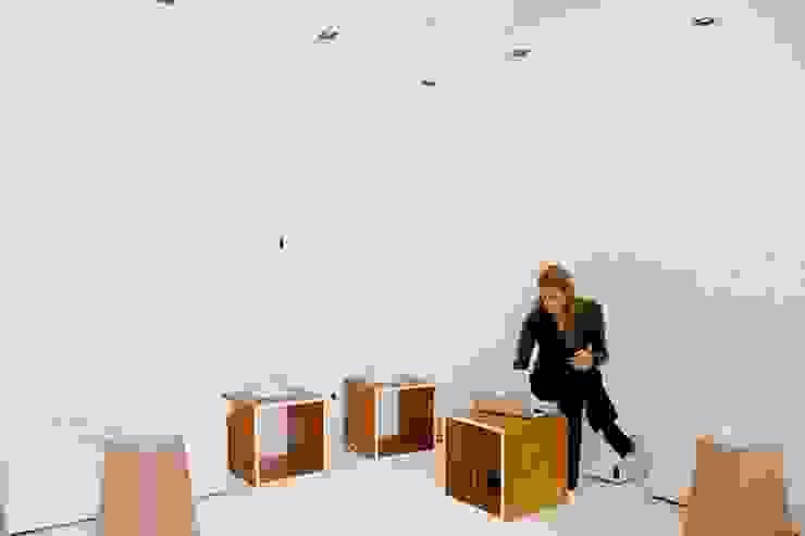 Espacios de Oficinas interiores Salas de estilo ecléctico de CHIMI Ecléctico