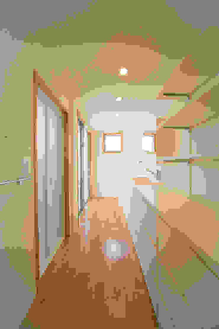 1階洗面室 モダンスタイルの お風呂 の プラソ建築設計事務所 モダン