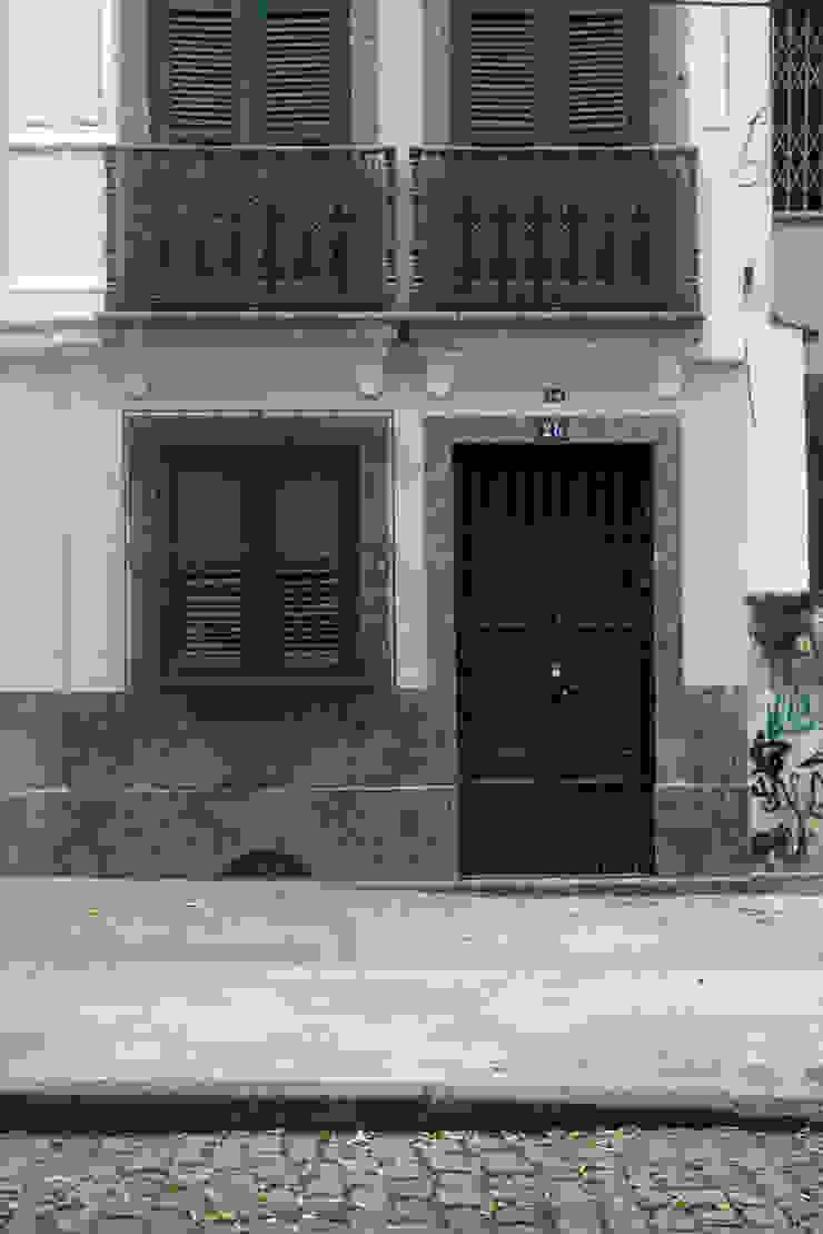 Casa / Ateliê Cênico – Lapa Casas ecléticas por Carlos Salles Arquitetura e Interiores Eclético