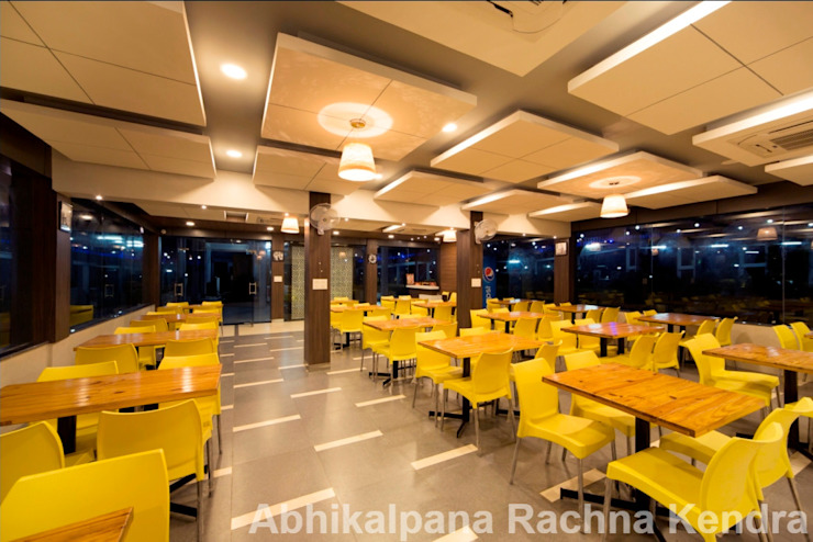 Restaurant Minimalist hotels by ARK Architects & Interior Designers Minimalist