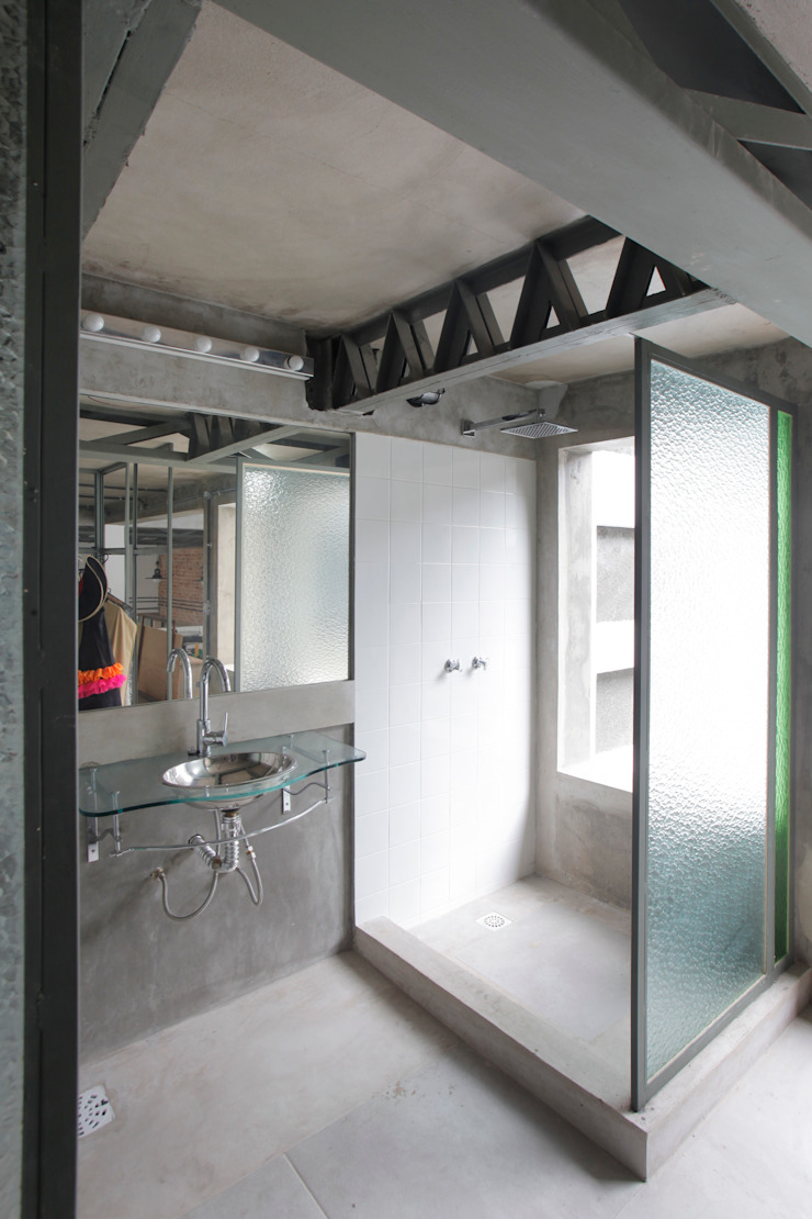 Phòng tắm phong cách chiết trung bởi Carlos Salles Arquitetura e Interiores Chiết trung
