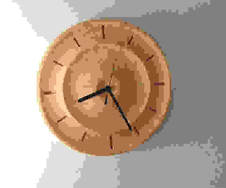 陰影美: アトリエ1が手掛けた折衷的なです。,オリジナル 木 木目調