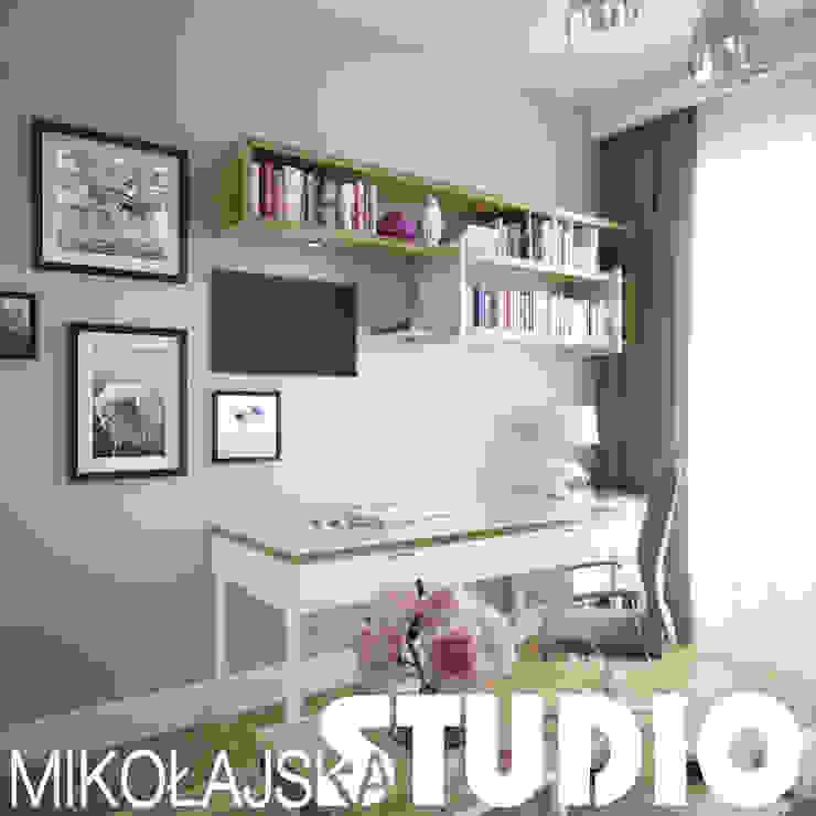 glamour girls room design od MIKOŁAJSKAstudio
