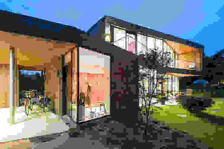 Villa U Scandinavian style houses by C.F. Møller Architects Scandinavian Bricks