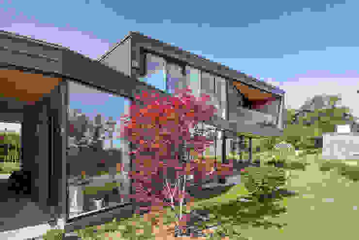 Houses by C.F. Møller Architects, Scandinavian Metal