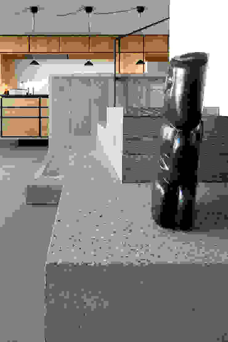 Villa U Scandinavian style living room by C.F. Møller Architects Scandinavian Concrete