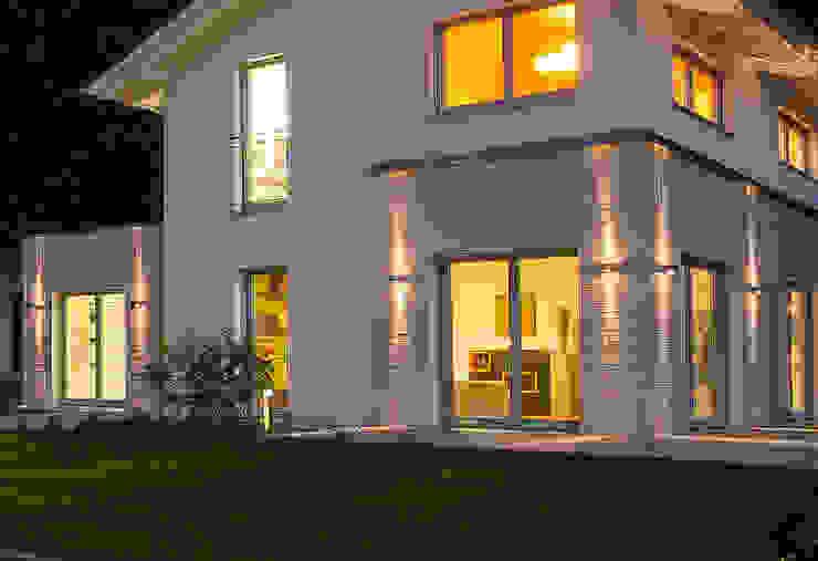 Musterhaus Bad Vilbel Modern home by Skapetze Lichtmacher Modern
