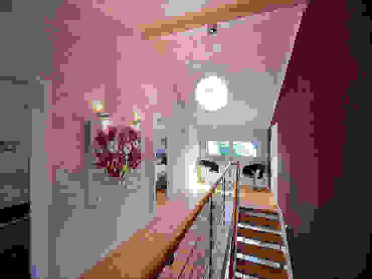 Musterhaus Mannheim 159 Modern Koridor, Hol & Merdivenler Licht-Design Skapetze GmbH & Co. KG Modern