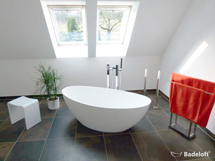 Badeloft GmbH - Hersteller von Badewannen und Waschbecken in Berlin: modern tarz , Modern