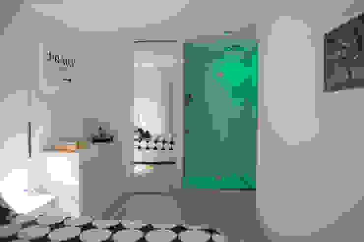 Industriële badkamers van Archidromo - Circuito di Architettura - Industrieel Glas