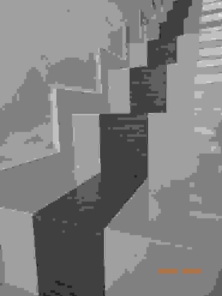 by 1001 ESTUDIO / Arquitectura