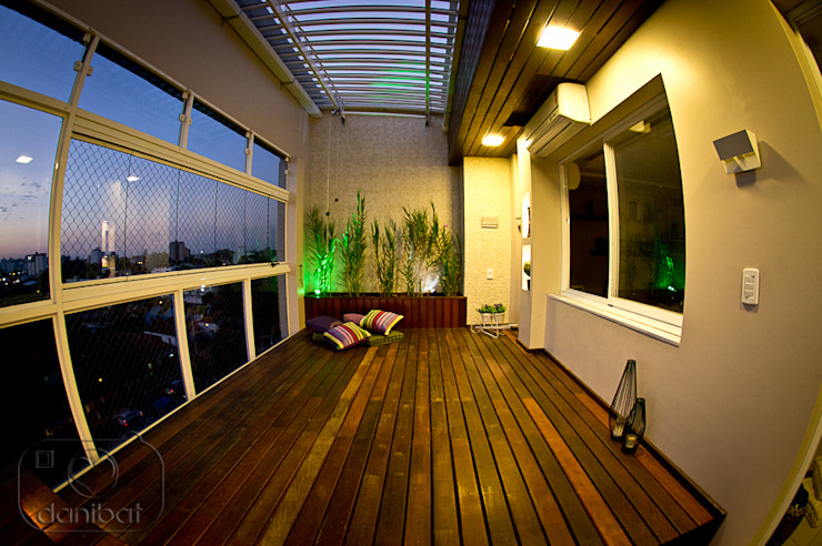 Cobertura – spa Spa moderno por NATALIA ELLWANGER ARQUITETUTA Moderno Madeira Efeito de madeira