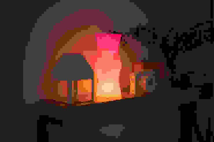 TOWER LAMP : tunapaper의 현대 ,모던