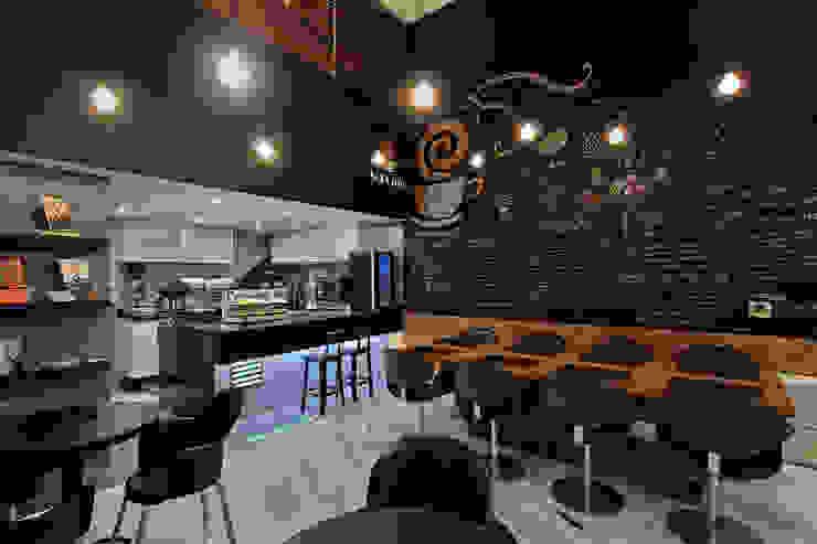 Sol Café Bares e clubes modernos por Piacesi Arquitetos Moderno
