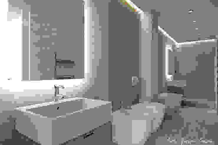 Arch. Giorgia Congiu Modern Bathroom Tiles White