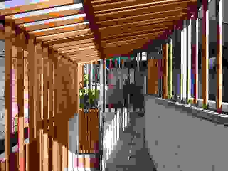 Modern houses by AlMargen Estudio Modern