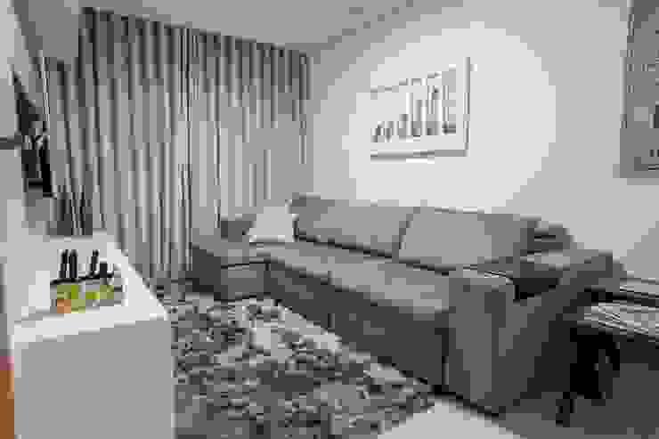 Apartamento Ferreira Salas multimídia modernas por Laura Lage Arquitetura e Design Moderno