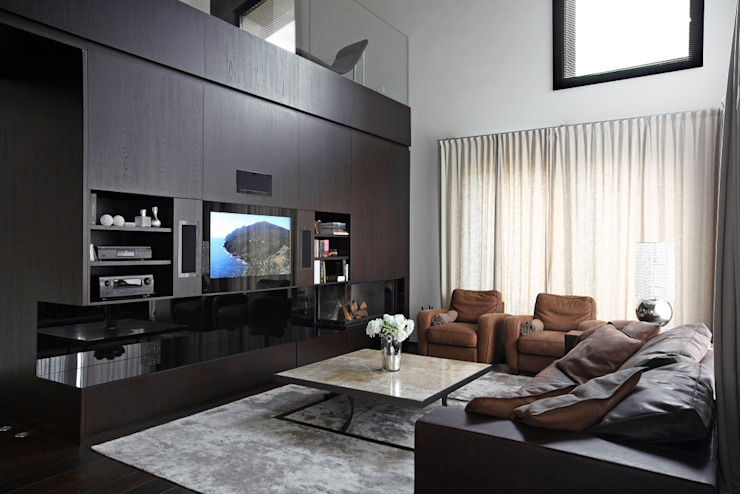 Modern living room by stefano severi architetto Modern