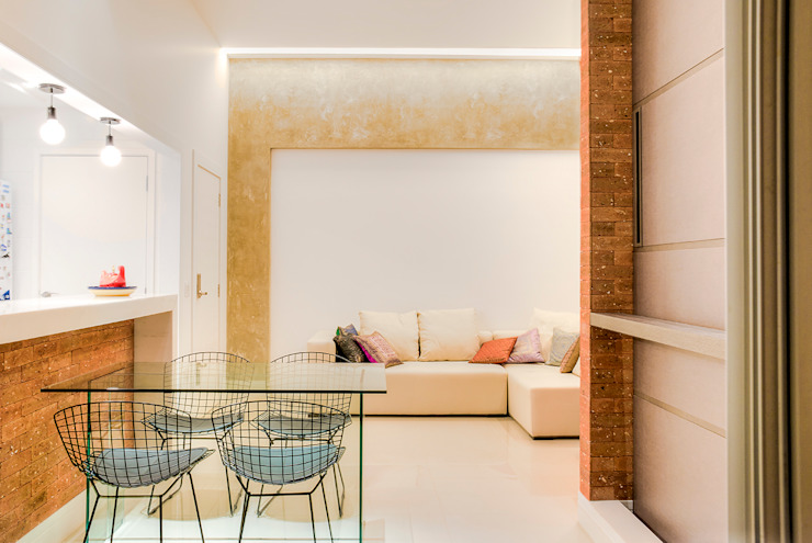 Da gema e do mundo Salas de estar ecléticas por Miguel Arraes Arquitetura Eclético