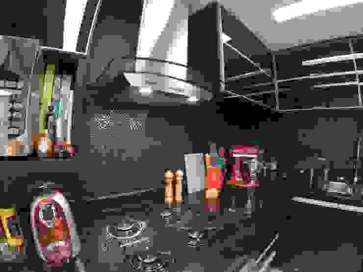 Modern style kitchen by DANIELE ROVEROTTO | ARQUITETURA Modern Granite