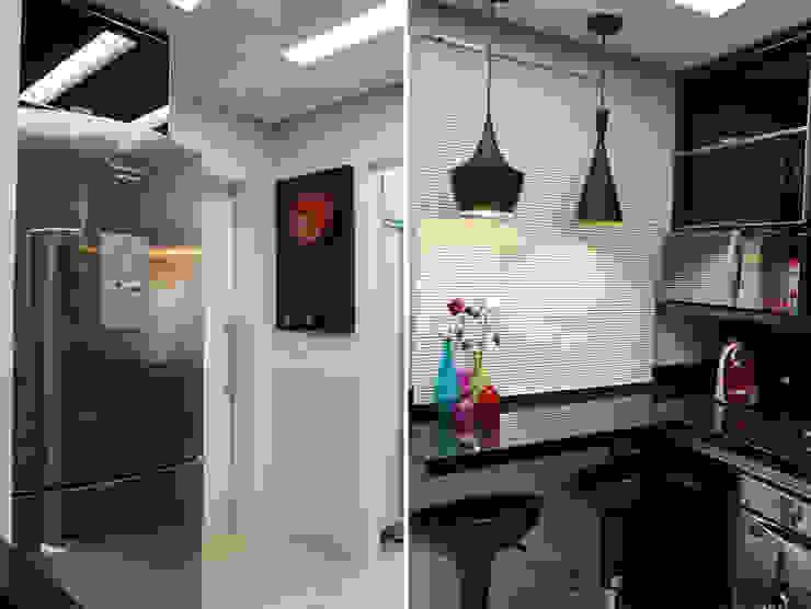 Modern style kitchen by DANIELE ROVEROTTO | ARQUITETURA Modern Tiles