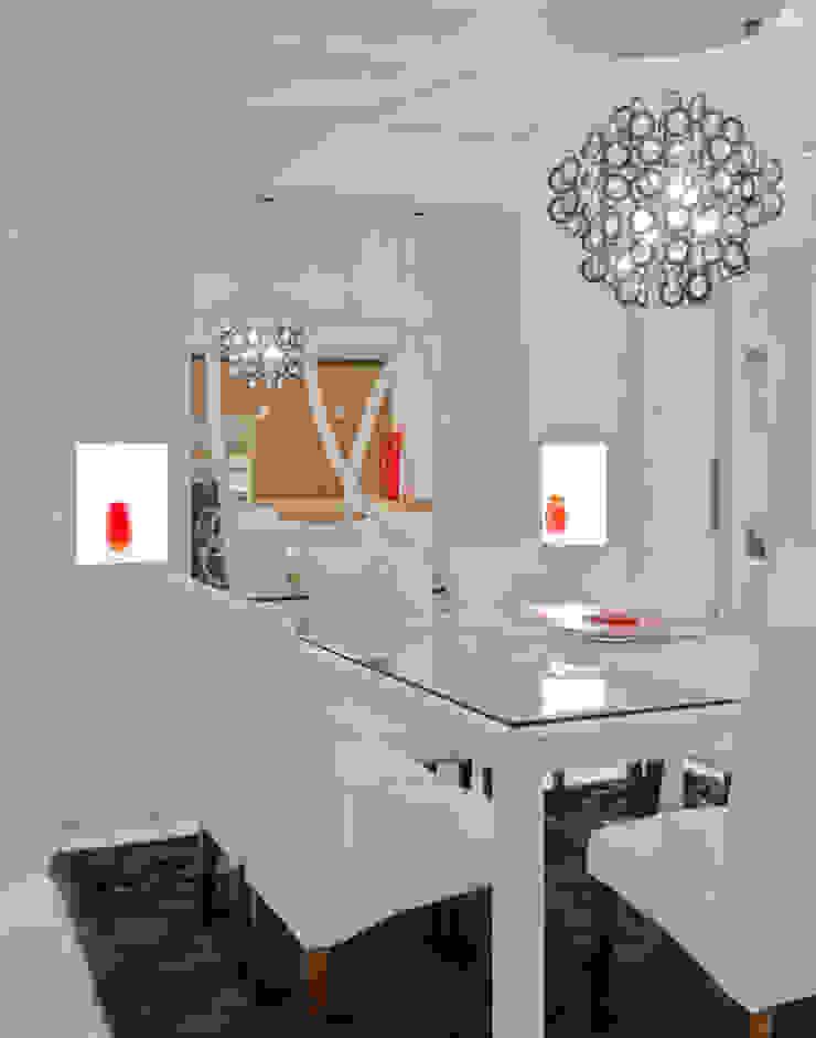 Comedores de estilo moderno de HB Arquitetos Associados Moderno Vidrio