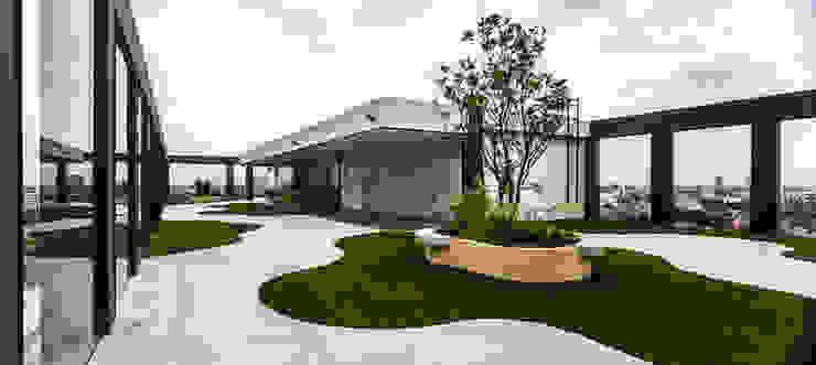 Moderner Garten von Serrano Monjaraz Arquitectos Modern