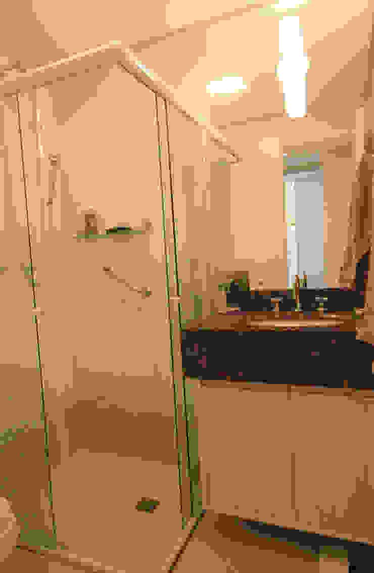 Banheiro Banheiros modernos por Studio Santoro Arquitetura Moderno
