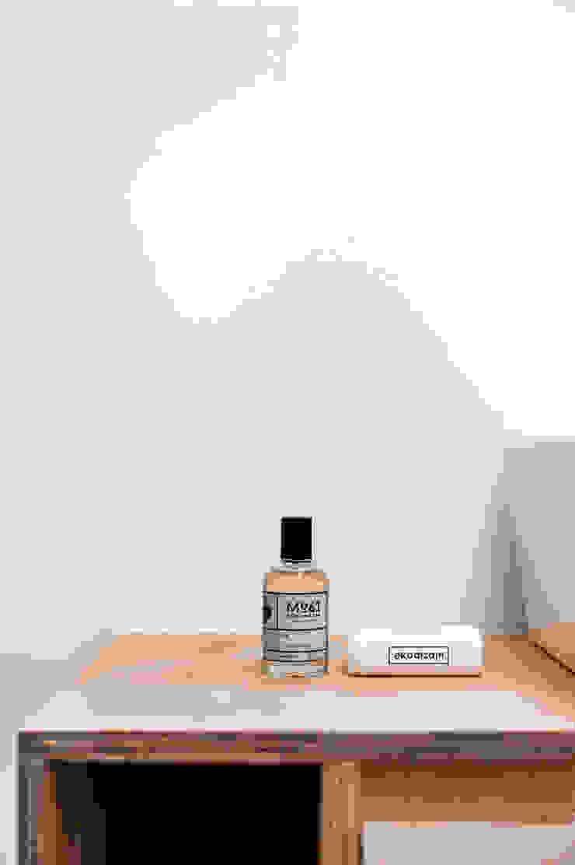 Baños de estilo minimalista de Joanna Kubieniec Minimalista