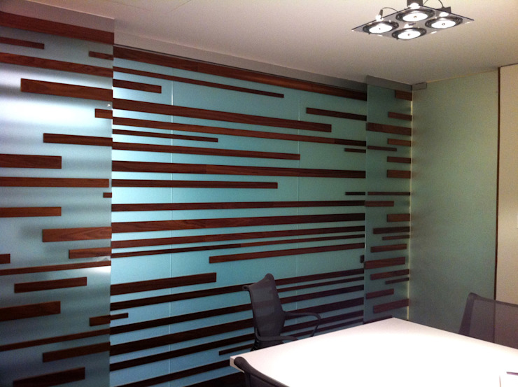 Oficinas Decomarc Estudios y despachos modernos de Serrano Monjaraz Arquitectos Moderno