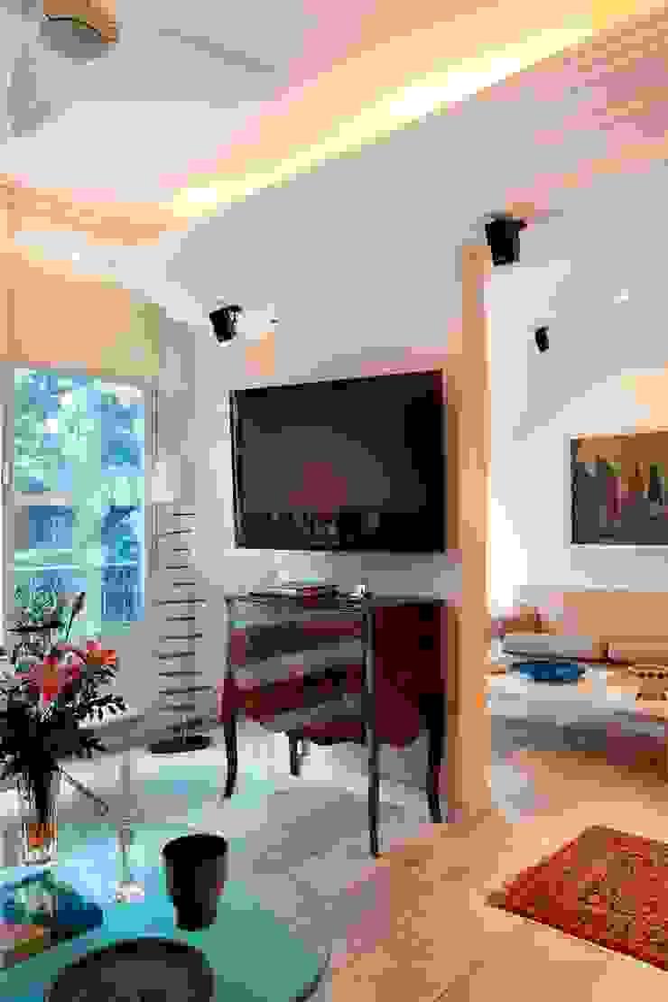 Apartamento Ipanema 3 Salas de jantar ecléticas por Carlos Salles Arquitetura e Interiores Eclético