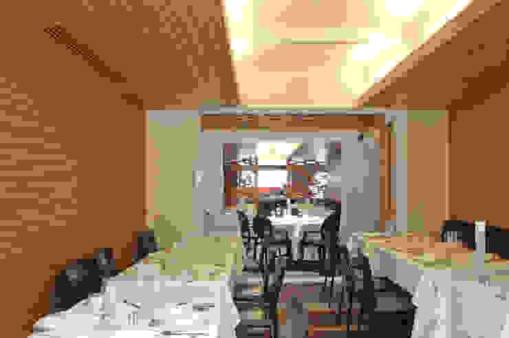 Restaurante Jaso Comedores modernos de Serrano Monjaraz Arquitectos Moderno
