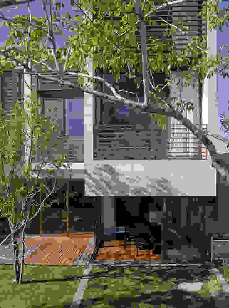Casa LB Casas modernas de Serrano Monjaraz Arquitectos Moderno
