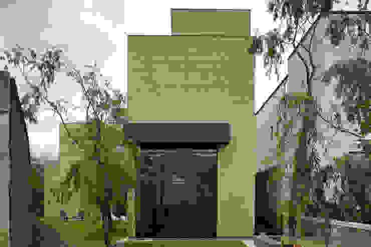Casa Tierra Casas modernas de Serrano Monjaraz Arquitectos Moderno