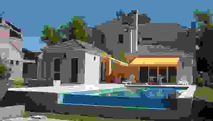 Estilo Nuevo Frances Casas clásicas de Family Houses Clásico