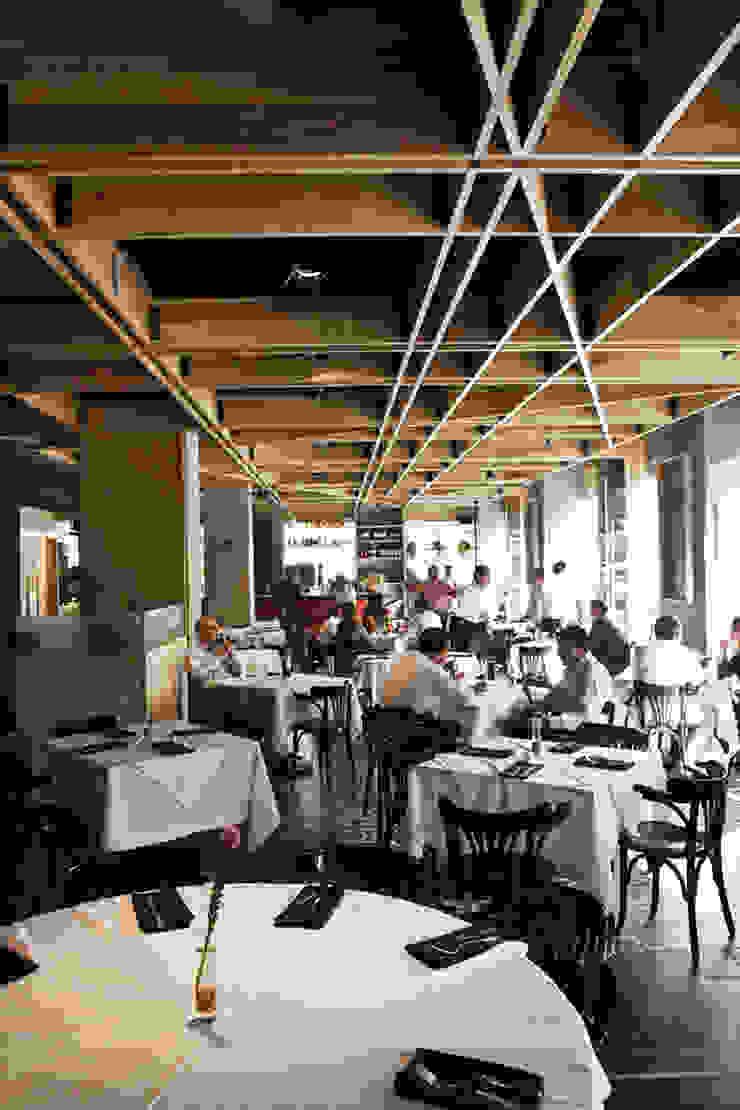 Restaurante Spuntino Comedores modernos de Serrano Monjaraz Arquitectos Moderno