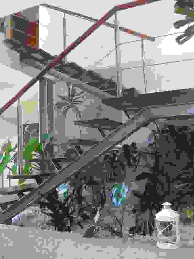 Modern style gardens by SOLE ATELIER, LDA Modern