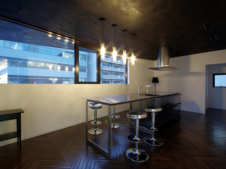 新大阪のオフィスビル/キッチン2 の 一級建築士事務所アールタイプ モダン 金属