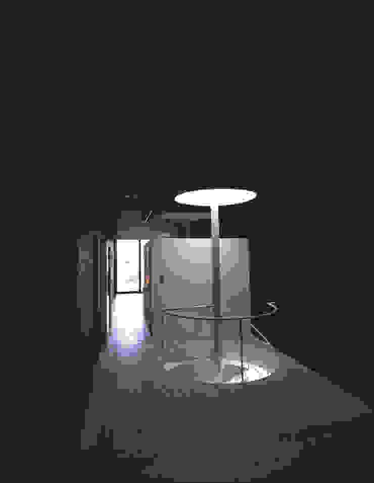 Modern Bedroom by 株式会社長野聖二建築設計處 Modern