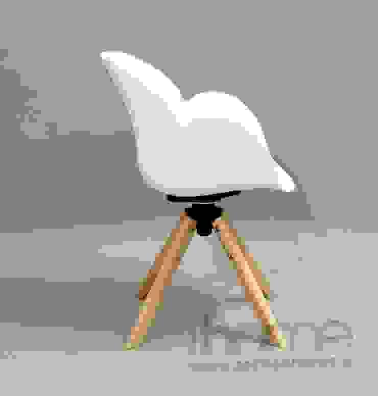 Fotel FLOWER od ArchonHome.pl Minimalistyczny