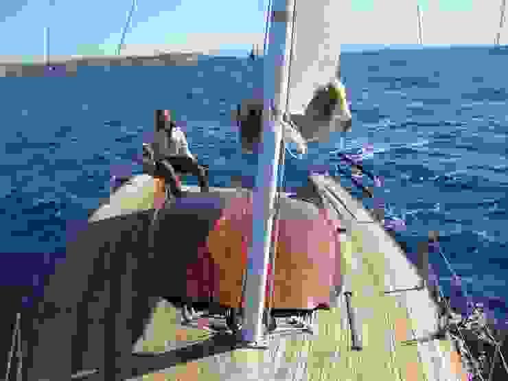 Zerbinati Yacht Design and Survey Yates y jets de estilo clásico