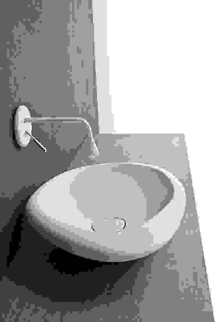 Sasso sit-on wash basin white version Mastella Design BagnoLavabi Sintetico Bianco