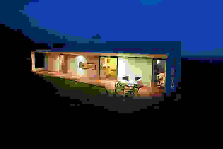 Villa 3S Minimalistische Häuser von LOVE architecture and urbanism Minimalistisch Stahlbeton
