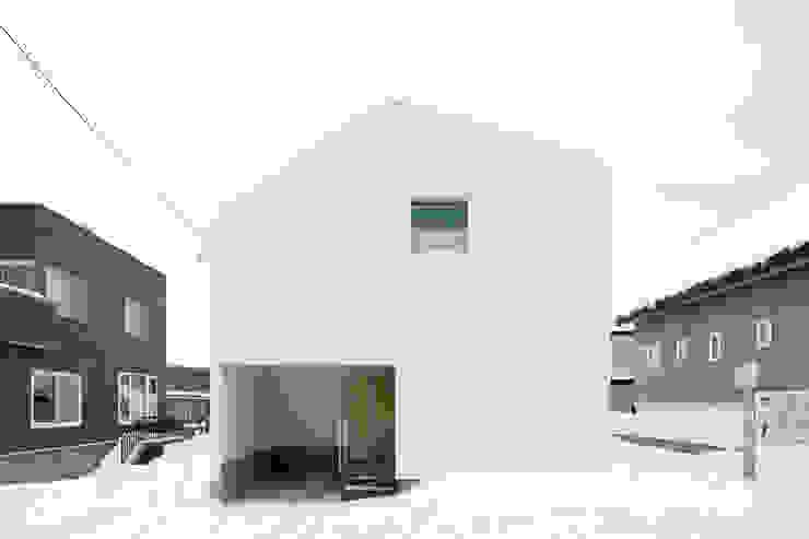 一級建築士事務所 Atelier Casa Casas de estilo ecléctico Hierro/Acero Blanco