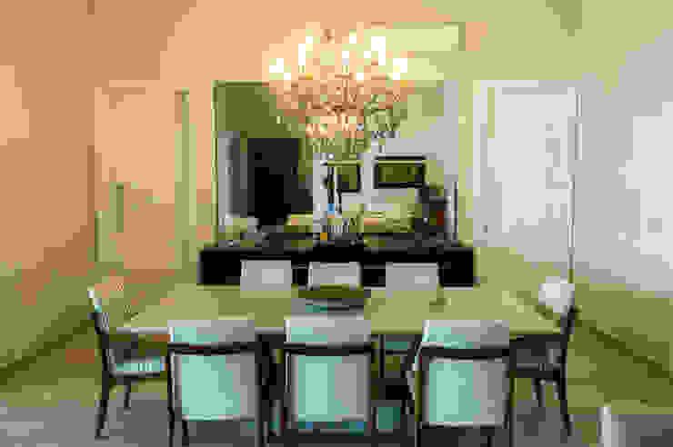 Sala de Jantar Salas de jantar modernas por Celina Molinari Arquitetura e Interiores Moderno
