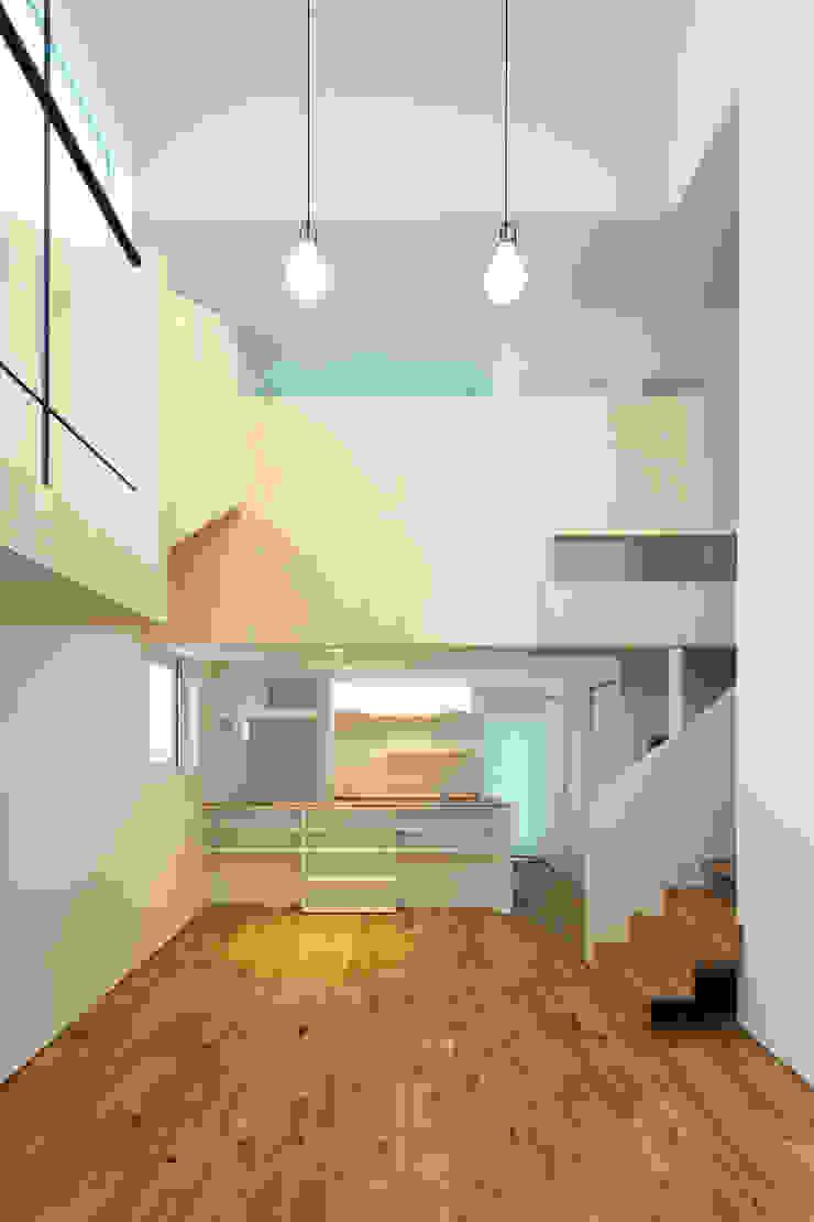 スベリ台のある家 オリジナルデザインの リビング の 一級建築士事務所 Atelier Casa オリジナル 木 木目調
