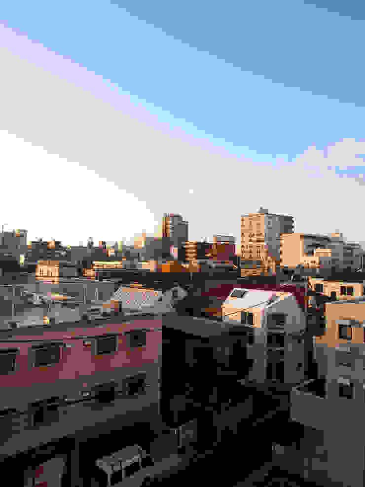八幡山の二世帯住宅 モダンな 家 の アトリエハコ建築設計事務所/atelier HAKO architects モダン
