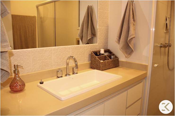 Projeto Auge Home Resort Banheiros modernos por Coppini & Khauam Arquitetura e Interiores Moderno