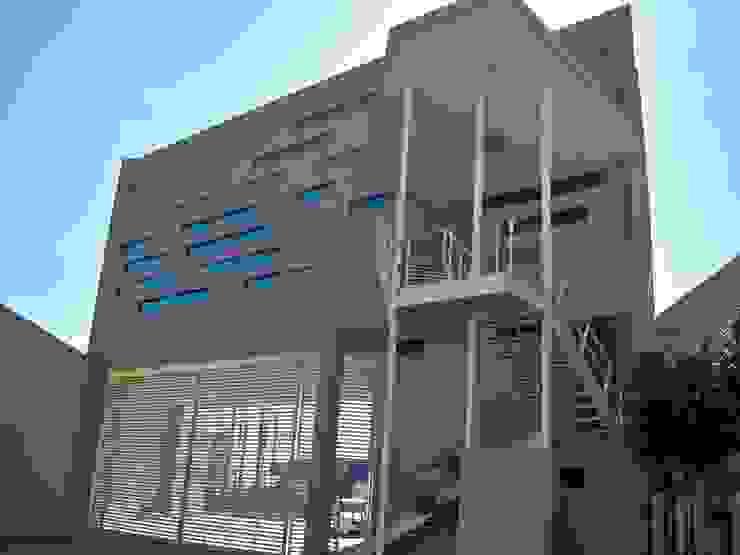 trabajos Casas clásicas de Obras y reformas de vivienda,proyectos de arquitectura en Tabasco. Clásico