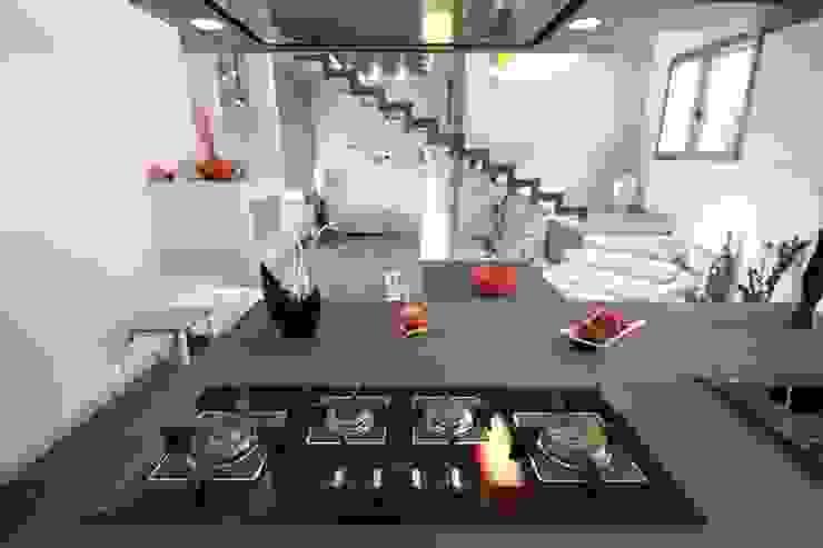 Kitchen by Studio Ferlenda